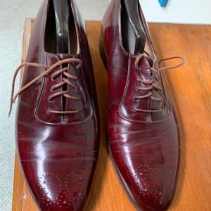 Mens pair of  shoes